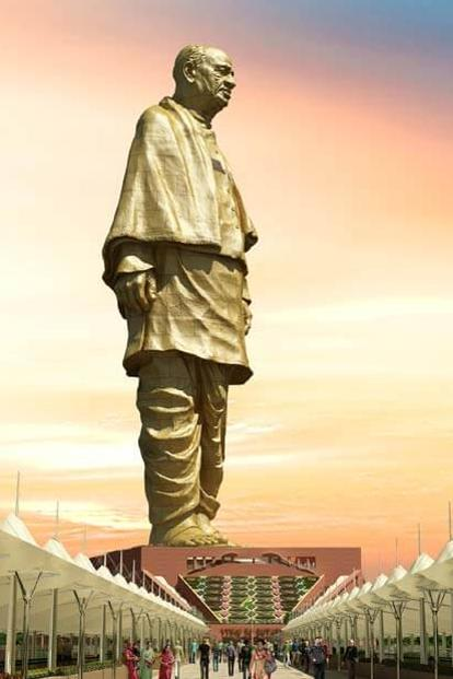 Although designed as a memorial to Sardar Vallabhbhai Patel, the Statue of Unity complex has several attractions for tourists including the valley of flowers and a panaromic view of the Sardar Sarovar dam and Narmada river.