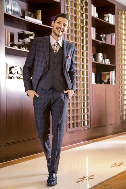 A patterned suit. Photo courtesy: Tailorman