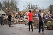 US faces third day of storms after Oklahoma devastation