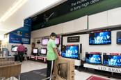Samsung-LG misstep in $10,000 TVs creates opening for Sony