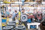 The rebound in factory output reinforces the claim that subsequent quarters would see a recovery in the economic growth momentum. Photo: Mint