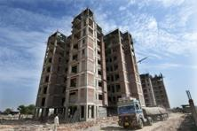 Banks had total outstanding loans of about <span class='WebRupee'>Rs.</span>1.2 trillion to commercial real estate companies as of November. Photo: Ramesh Pathania/Mint