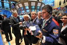 Traders on the floor of the New York Stock Exchange. Photo: AFP