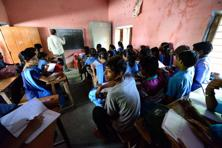 The Hari Har Sharan government middle school in Chhapra doesn't have separate rooms for different classes. Photo: Pradeep Gaur/Mint