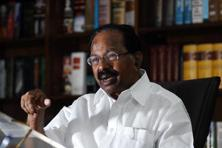 A file photo of oil minister Veerappa Moily. Photo: Pradeep Gaur/Mint