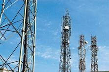 Mobile virtual network operators offer services by tying up with existing operators without buying spectrum. Photo: Mint