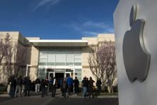 Plaintiffs accused Apple, Google, Intel and Adobe in their 2011 lawsuit of limiting job mobility and, as a result, keeping a lid on salaries. Photo: Bloomberg