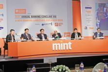 (Left to right) Kunal Pandey, partner KPMG; Sukesh Jain, vice-president of Samsung India; Sridhar Iyer, head of digital innovation, CitiBank India; Leslie D' Monte, technology editor, Mint; Rajnish Khare, head, digital transformation and mobile baking channel, HDFC Bank, and Pramod Saxena, chairman and amanging director of Oxigen Services, at the Mint Annual Banking Conclave 2015, in Mumbai. Photo: Abhijit Bhatlekar/Mint