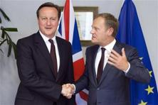A file photo of David Cameron with European Council President Donald Tusk. The proposals from Tusk were dismissed as worthless by eurosceptics in Britain. Photo: AP