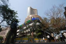 The BSE Sensex took off on a positive note at 24,868.21 and advanced to the day's high of 24,928.75 after RBI left the key interest rate unchanged, but the higher levels could not be sustained as participants locked in gains amid a weak opening in Europe. Photo: Hemant Mishra/Mint