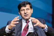 Raghuram Rajan signalled concern about fiscal deterioration on Friday, saying there's not much to gain from more budget stimulus right now. Photo: Reuters