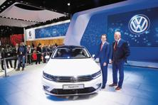 Volkswagen India unveiled the Passat GTE hybrid car at the 2016 Auto Expo in Greater Noida on Wednesday. Photo: Ramesh Pathania/Mint