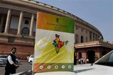 The Economic Survey 2015-16 that was released on Friday projected a gross domestic product (GDP) growth of 7-7.75% in 2016-17 at a time the Central Statistics Office has estimated economic growth at 7.6% for 2015-16, signalling the economy may either slow or is unlikely to see any significant acceleration next year.  Photo: PTI
