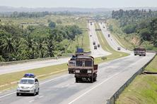 NHAI is responsible for the work allocation of 15,000 km and construction of 8,000 km of the total length targeted in 2016-17. Photo: Aniruddha Chowdhury/Mint