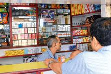 The government asked all tobacco companies to cover 85% of the both sides of packets with pictorial health warnings. Photo: Mint
