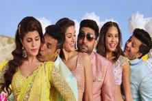 With an opening weekend collection of <span class='WebRupee'>Rs.</span>53.31 crore, 'Housefull 3' seems to be a hit with the audiences.