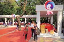 Reliance Jio seeks to sign up 100 million users in one year before the commercial launch. Photo: Abhijit Bhatlekar/Mint
