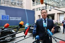 David Cameron, UK prime minister, speaks to journalists as he arrives for a meeting of European Union (EU) leaders in Brussels, Belgium, on Tuesday, June 28, 2016. Photo: Jasper Juinen/Bloomberg