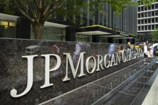 JPMorgan is opening three branches in India, expanding in the world's second-most populous nation even as global competitors pull back. Photo: Bloomberg