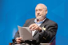 Nobel winner Joseph Stiglitz at a discussion on global inequality in Bengaluru on Wednesday. Photo: Hemant Mishra/Mint