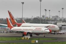 Air India's losses were expected to be Rs2,636 crore in 2015-16 compared to Rs5,860 crore in 2014-15. Photo: Abhijit Bhatlekar/Mint
