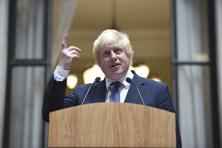 Britain's Foreign Secretary Boris Johnson addresses staff inside the Foreign Office in London. Photo: Andrew Matthews/Reuters