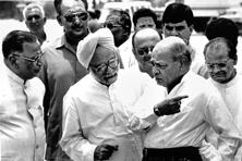 P.V. Narasimha Rao (right) with Manmohan Singh. Photo: Sanjay Sharma/Hindustan Times