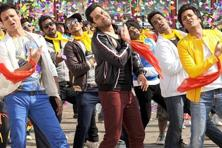 Vivek Oberoi, Aftab Shivdasani and Riteish Deshmukh (left to right) in a still from 'Great Grand Masti'