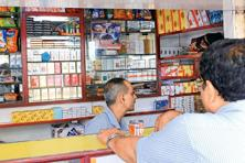 Cigarette sales in India contracted at a compound annual growth rate of 2.2% in terms of retail volume between 2010 and 2015, according to the Eurominitor study. Photo: Mint