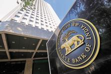 A closer look at RBI's guidelines for on-tap bank licences reveals that large groups that are now defined as financial conglomerates can set up banks. Photo: Aniruddha Chowdhury/Mint