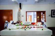 Mother's tomb in Mother House on AJC Bose Road. Photographs: Indranil Bhoumik/Mint