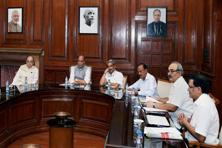 Union home minister Rajnath Singh chairs a meeting attended by finance minister Arun Jaitley, defence minister Manohar Parrikar among others to review the situation of Jammu and Kashmir in New Delhi on Friday. Photo: PTI