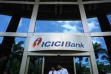 ICICI last month posted a 25% drop in first-quarter profit as provisions for bad debts rose. Photo: Bloomberg
