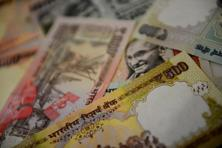 This was the fourth out of five trading sessions that the rupee closed lower. Photo: Pradeep Gaur/Mint