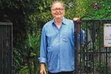 Soumitra Chatterjee at his residence in Kolkata's Golf Green. Photo: Indranil Bhoumik/Mint