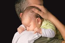 Some companies believe that paternity leave is not necessary and question the need for such a policy. Photo: iStock