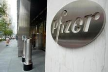 Pfizer's stock has gained 52% since March 2012, when the drugmaker indicated at a meeting with Goldman Sachs analysts that it may be willing to consider a breakup. Photo:  Reuters