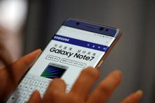 Only two weeks after Samsung introduced its large-screen Note 7, the company had to recall about 2.5 million phones after reports emerged of devices exploding. Photo: Reuters
