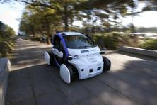 Driverless vehicles carrying passengers took to Britain's streets for the first time on Tuesday in a landmark trial which could pave the way for their introduction across the country. Photo: AFP