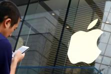 Apple has lagged behind its rivals in embracing OLEDs. Photo: Reuters