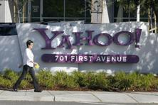 Yahoo's overall business in the quarter exceeded Wall Street's expectations, and the stock rose more than 1% in after-hours trading.