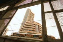 Sensex headed for its best week since July after the Essar Group's $13 billion deal with a group involving Russia's Rosneft improved prospects for loan recoveries at local banks. Photo: Mint