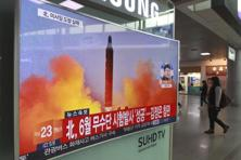 A TV screen shows a file image of a missile launch conducted by North Korea. South Korea and the US said that the latest missile launch by North Korea ended in a failure. Photo: AP
