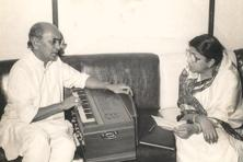 Music director Jaidev with Lata Mangeshkar. Photo: Hindustan Times