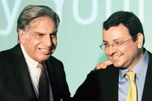 Tata Sons interim chairman, Ratan Tata (L) with former chairman of Tata Sons, Cyrus Mistry during a function. Photo:AFP