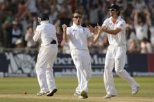 Alistair Cook (right) misses a bowler like Graeme Swann in the team. Photo: Philip Brown/Reuters