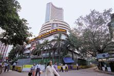 The 30-share BSE Sensex shuttled between 27,743.46 and 27,457.05 on Thursday. A file photo: Mint