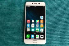 Vivo V5 is another attempt at cracking the mid-range Android smartphone category