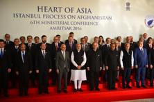 PM Narendra Modi, along with Afghan President Ashraf Ghani, finance minister Arun Jaitley, MoS for external affairs V.K.Singh and other delegates, at the 6th Heart of Asia ministerial conference, in Amritsar on Sunday. Photo: Pradeep Gaur/Mint