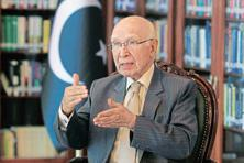 File photo. Sartaj Aziz was previously expected to reach Amritsar on Sunday to participate in the Heart of Asia ministerial conference aimed at making Afghanistan economically stable. Photo: Reuters